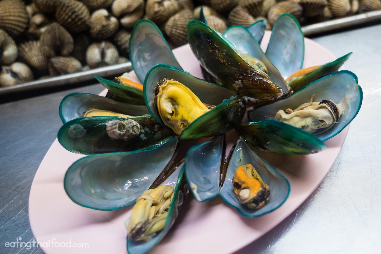 mussels in Bangkok