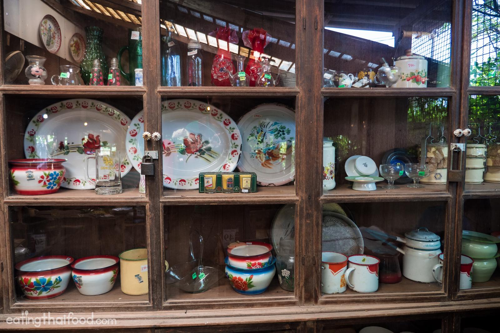 Thai antiques