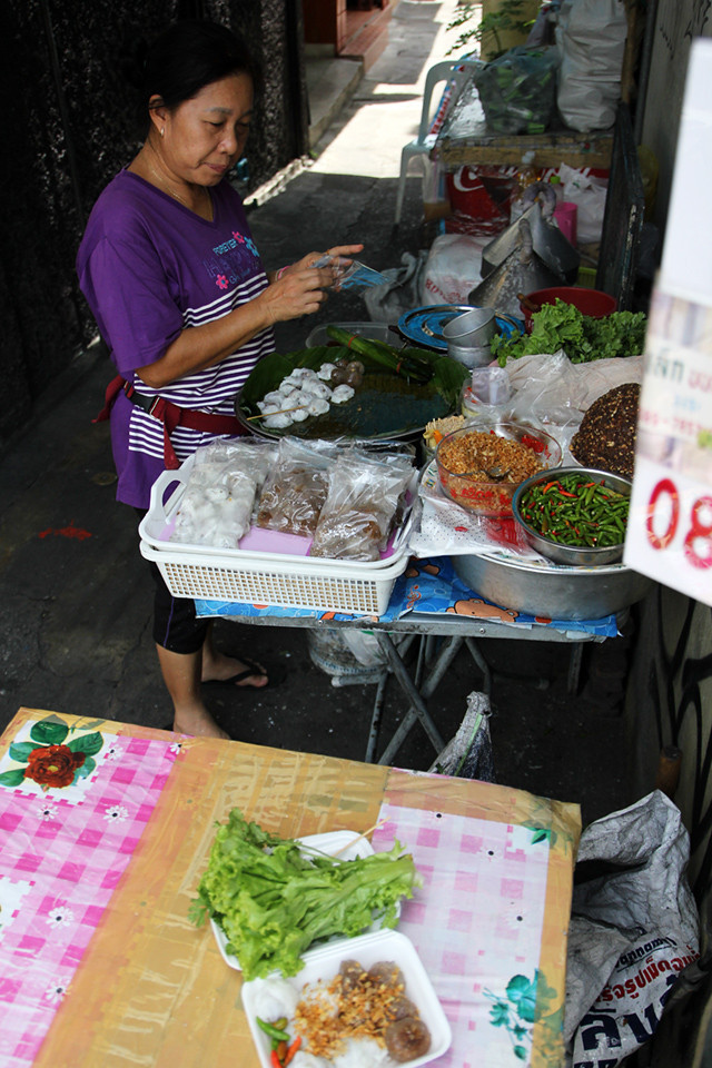 Street food snack vendor in Bangkok