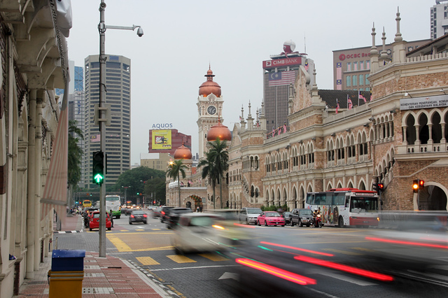 what to do in kuala lumpur 640x427 Kuala Lumpur Travel Guide for Food Lovers