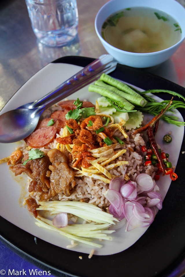 best thai dishes X2 Top 16 Bangkok Street Food Sanctuaries (Are You Ready to Eat?)
