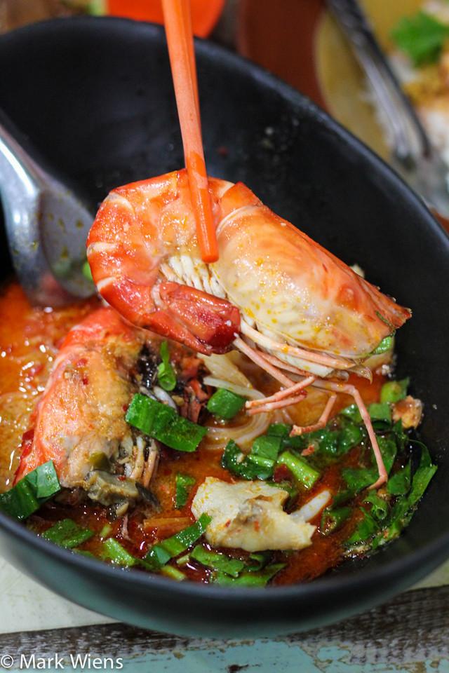 Thai shrimp noodles
