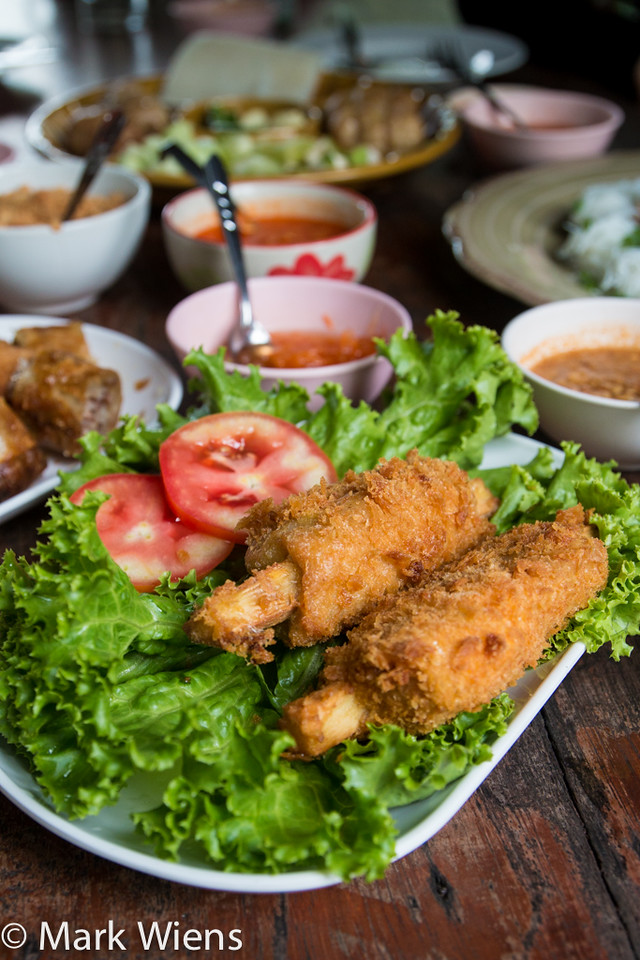 Thai fried shrimp cakes