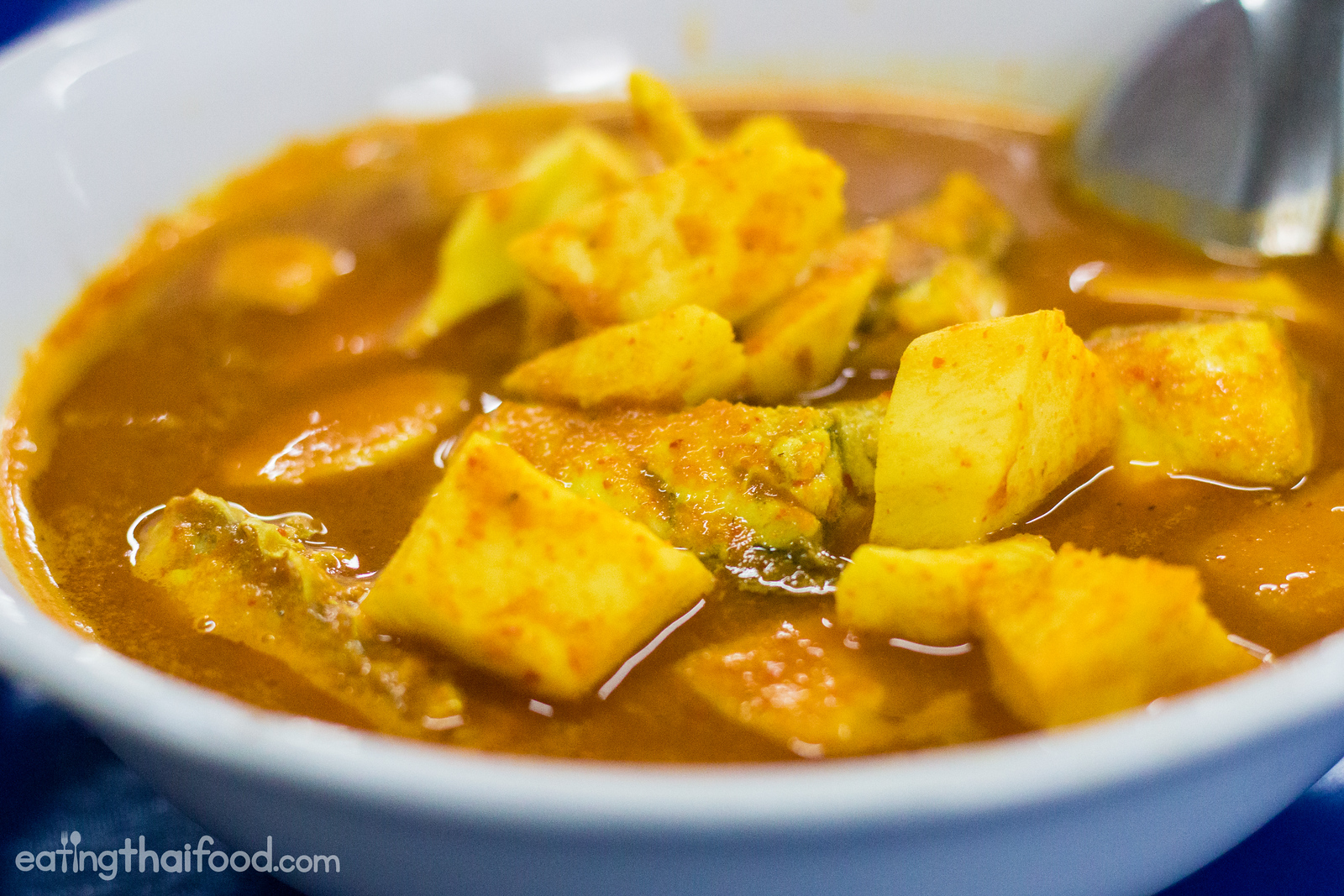 An incredibly flavorful bowl of southern Thai sour curry (แกงส้มยอดมะพร้าว)