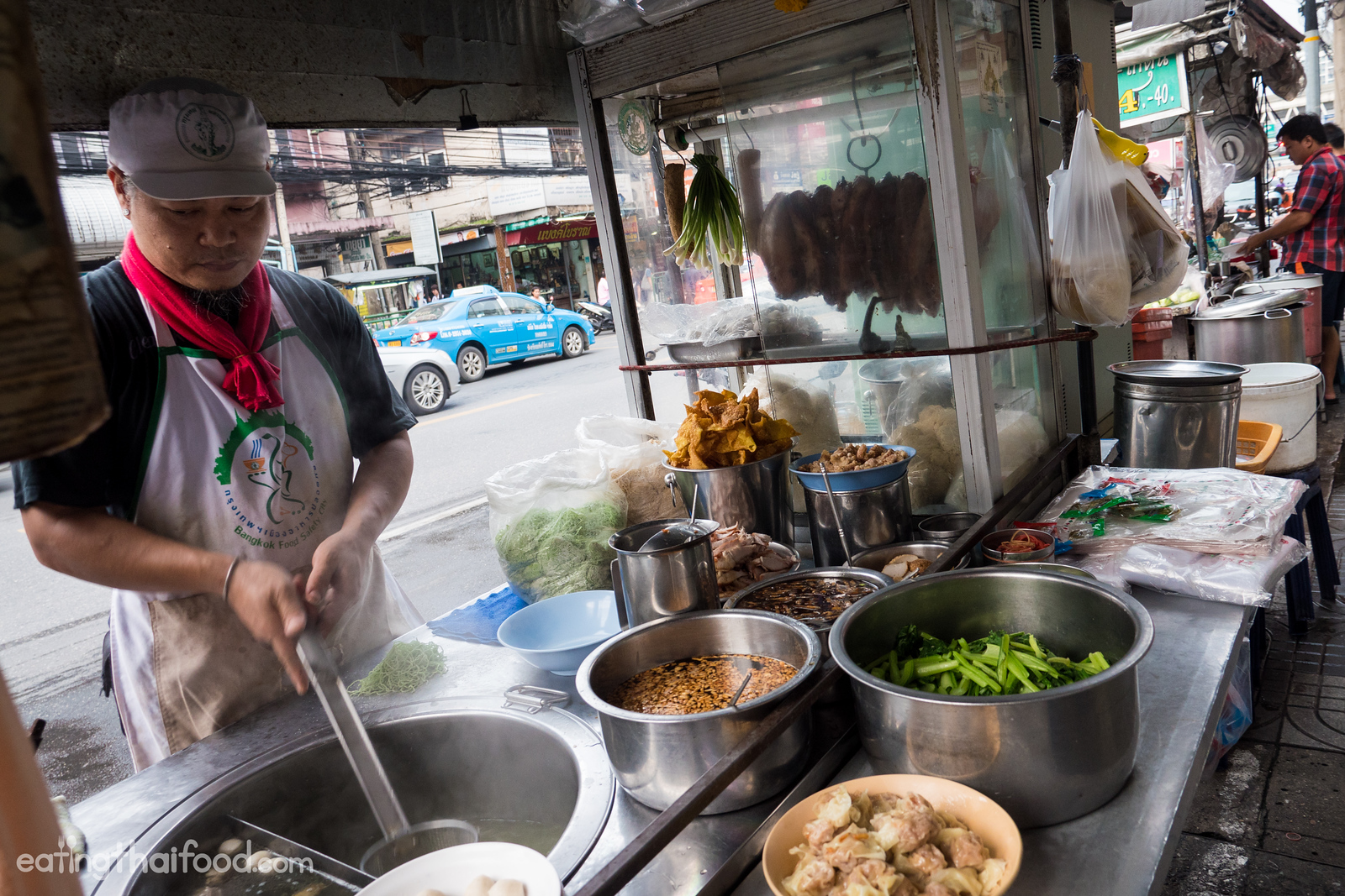Thai egg noodles