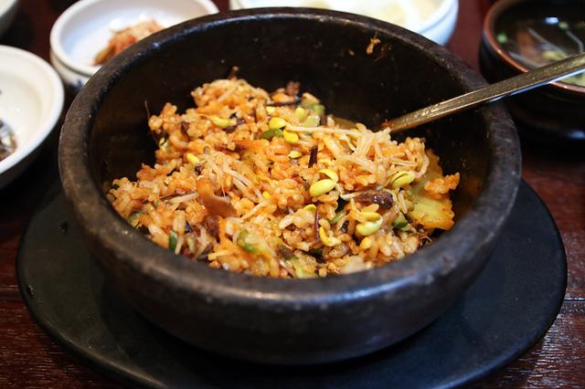 Mixing up the dolsot bibimbap (돌솥 비빔밥)